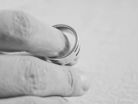 How Does Divorce Affect Your Immigration Status?