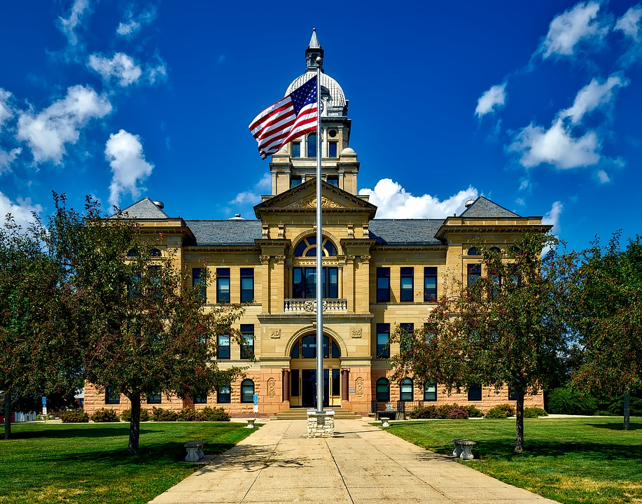 Iowa courthouse - legal interpreting guidelines
