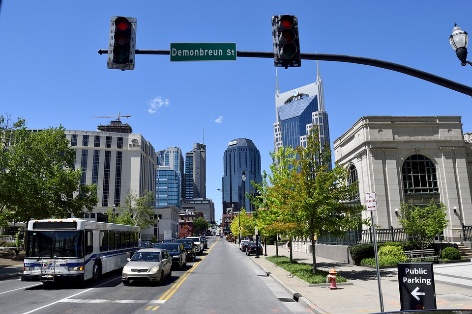 downtown Nashville, Tennessee - court interpreting guidelines