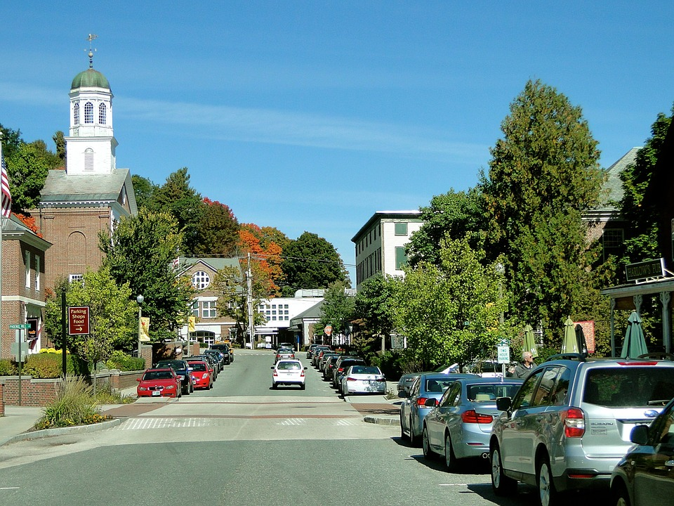 New Hampshire town street - court interpreting guidelines